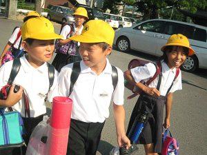 niños japoneses